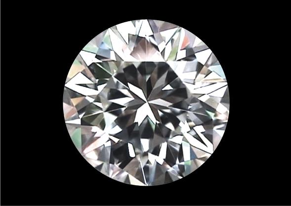 メイドインジャパンカットダイヤモンド『Dclusiv(ディクルーシヴ)』の虹とラウンドブリリアントカットダイヤモンドとの違いと比較