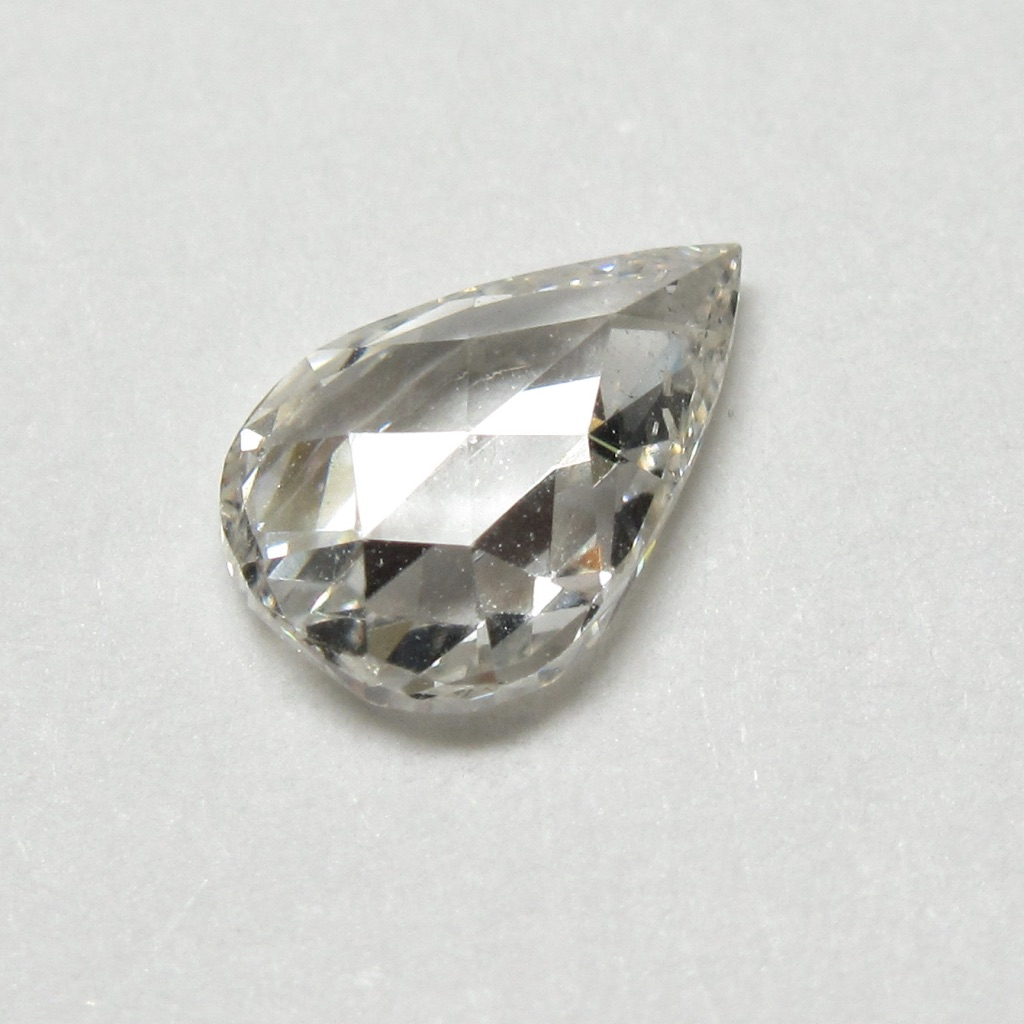 ペアシェイプローズカットダイヤモンド・アンティークローズカットダイヤモンド(ファンシーカットダイヤモンド・一点物ダイヤモンド)【一点物シェイプ】