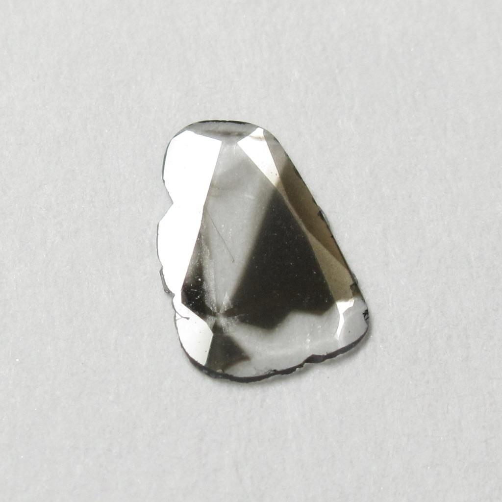 スライスダイヤモンド・フラットカットダイヤモンド・ユニークカラーナチュラルカットダイヤモンド(ローズカットダイヤモンド・一点物ダイヤモンド【一点物シェイプ】