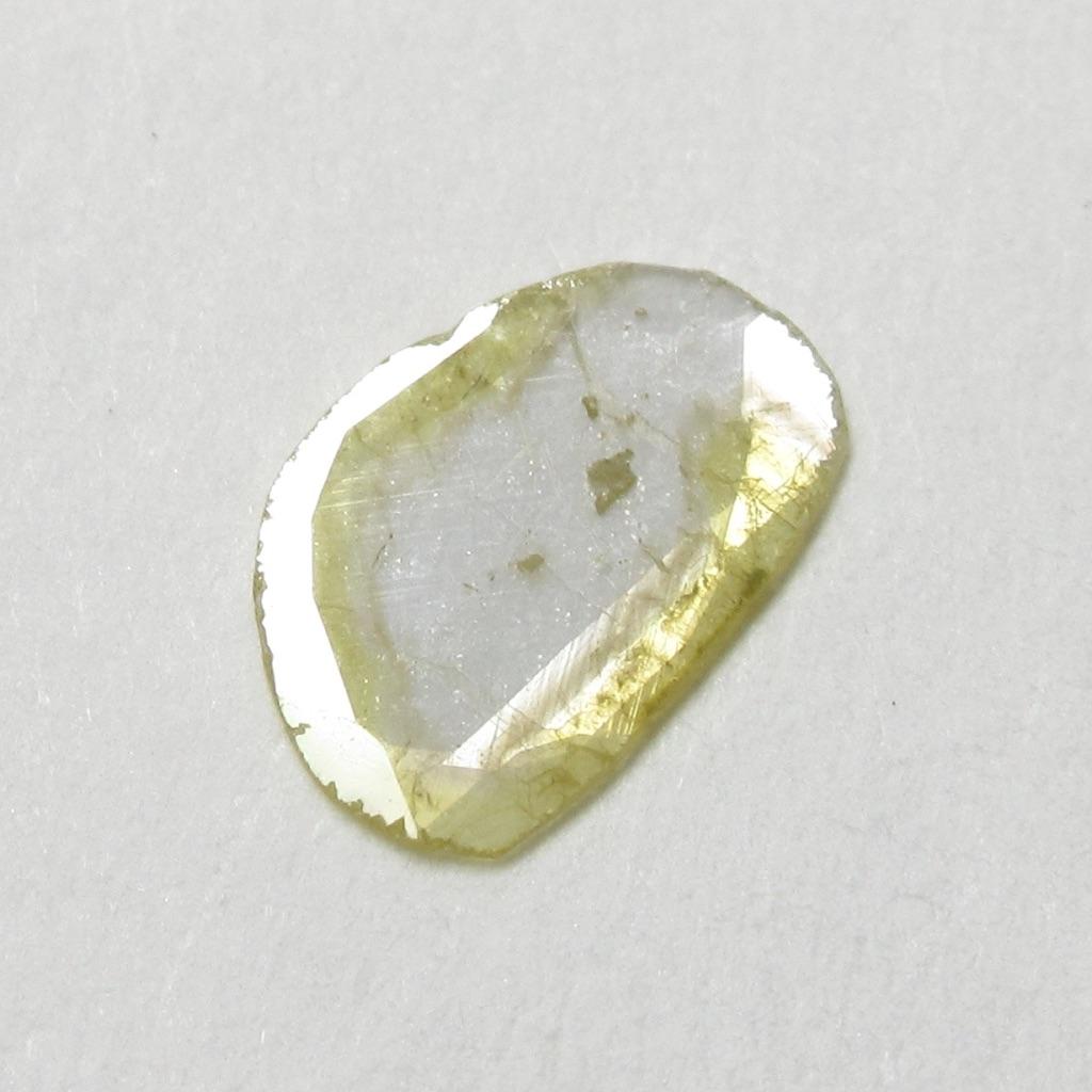 スライスダイヤモンド・フラットカットダイヤモンド・イエローカラーナチュラルカットダイヤモンド(ローズカットダイヤモンド・一点物ダイヤモンド【一点物シェイプ】